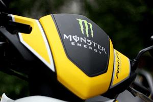 Xu hướng ưa chuộng tem phản quang xe máy